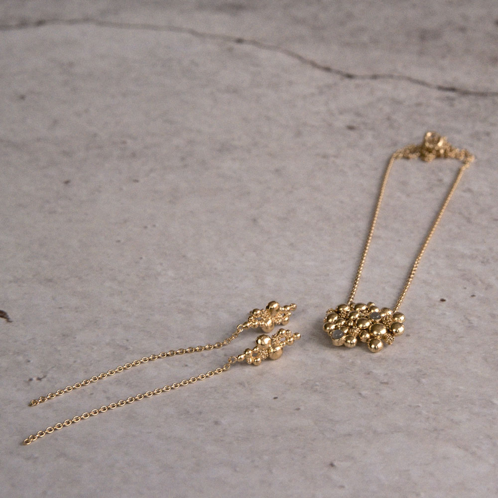 Blossom Stick Chain Gold Plated