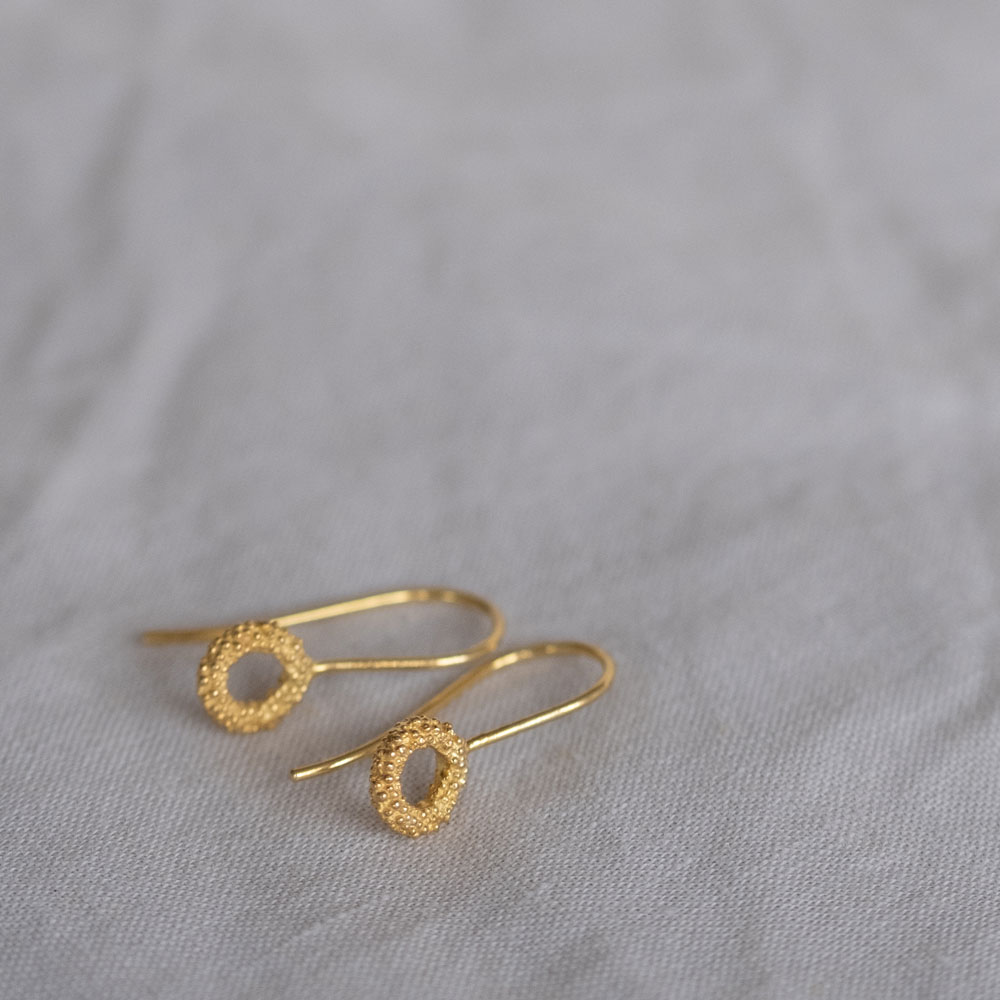 Sparkling Loop Gold Plated
