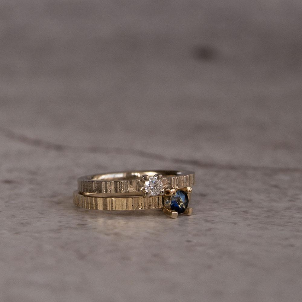 Ionic Ring Diamond