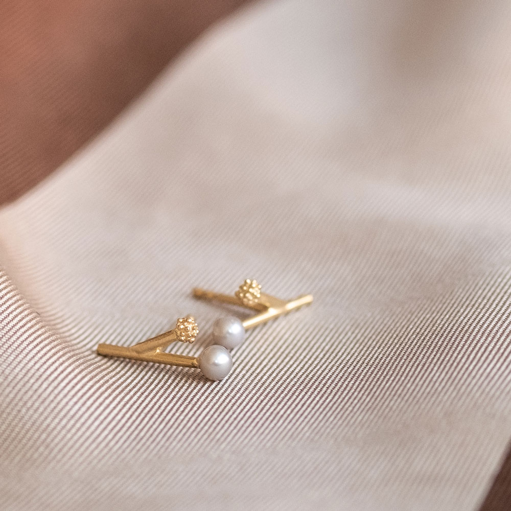 Twig Pearl Gold Plated