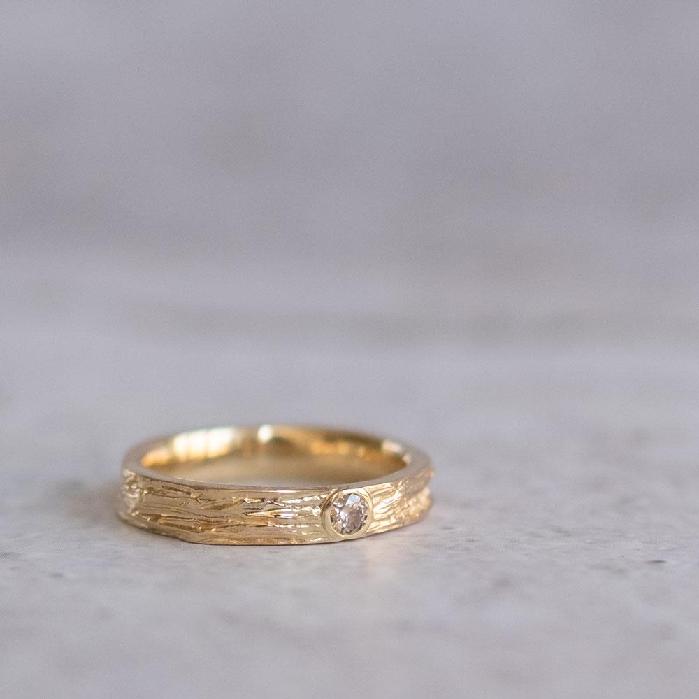 Golden Oak Diamond