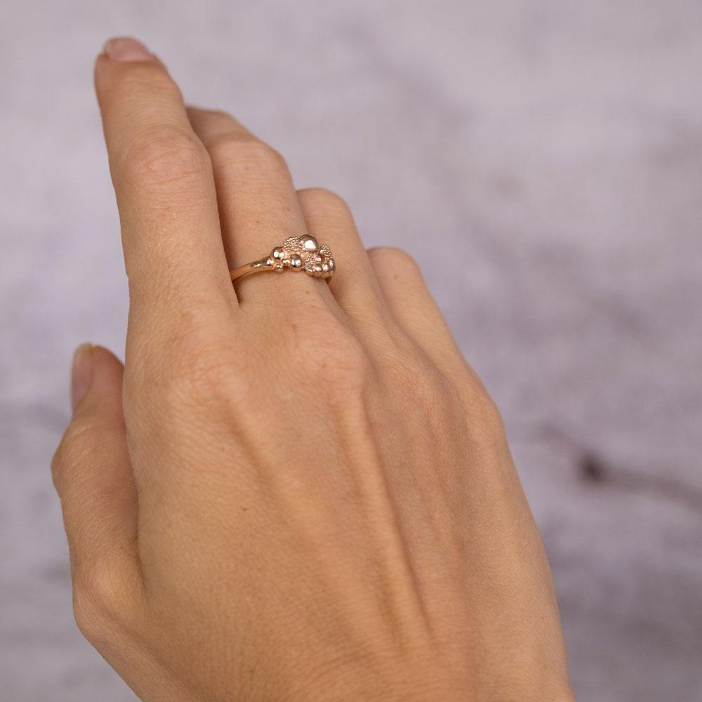 Blossom Ring Small 14 kt Gold